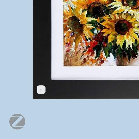 Vibration sensor on painting